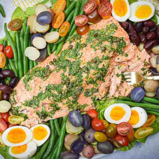 Whole30 Salmon Niçoise Salad