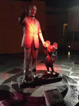 Walt&Micky_Statue
