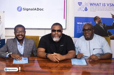 L-R: Tosin Opaleke (CD, CS Media, Larry Gaaga & Mr Osagie Omokaro (Founder & CEO, SignalADoc)