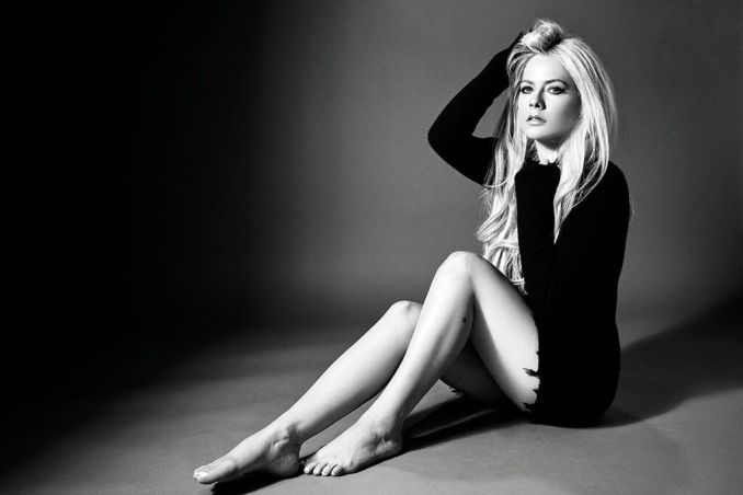 Avril Lavigne Mobile MP3 DOWNLOAD