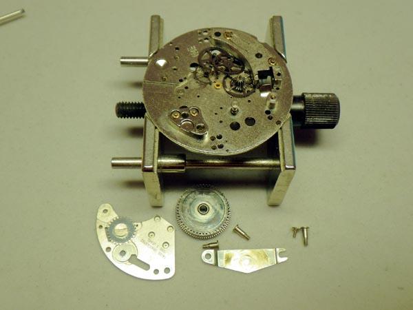 ブラッドレイ ミッキーマウスの腕時計 オーバーホール分解修理