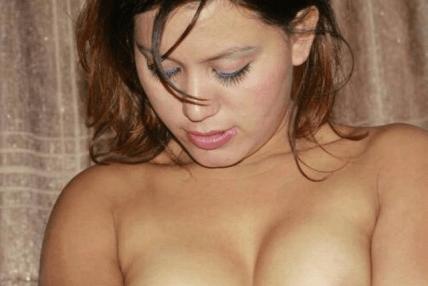 पहिलो सेक्स मेरो अंकलको छोरा संग भयो : मोडल तिर्सना