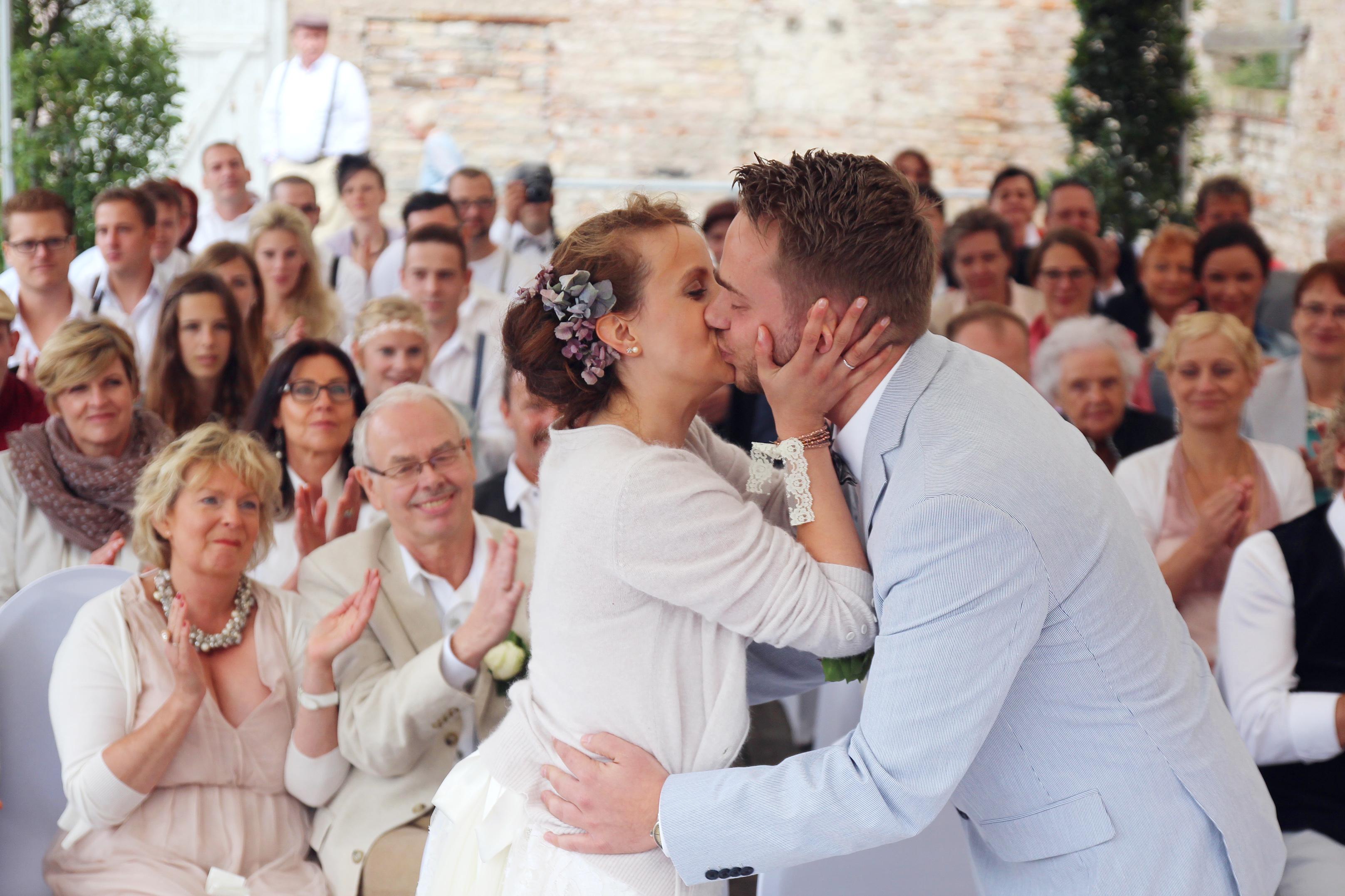 Hochzeit Neuer Kleider Zur Hochzeit In Schweden Dein Neuer