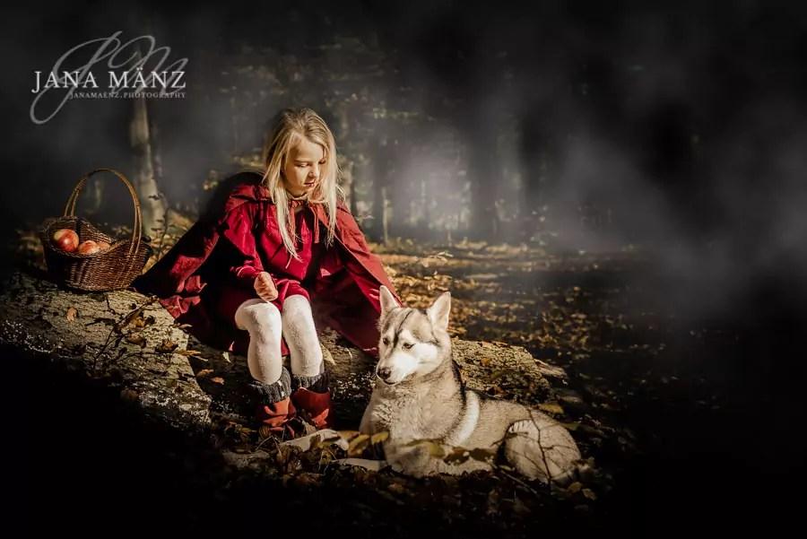 Märchen Fotoshooting Gebrüder Grimma Rotkäpchen und der böse Wolf