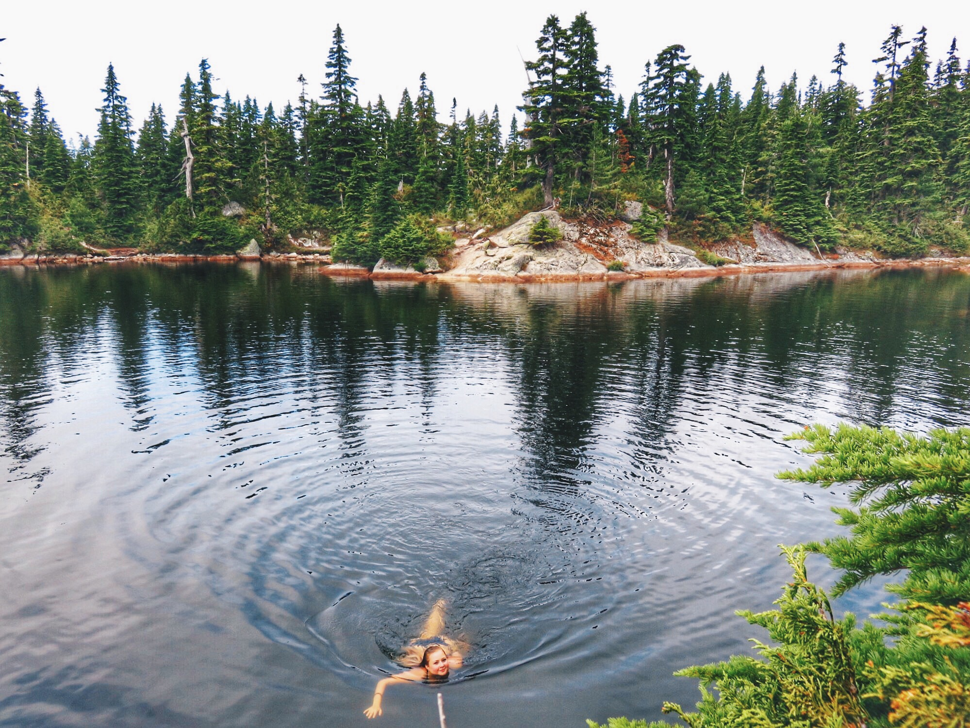 cabin lake best fall hikes in vancouver