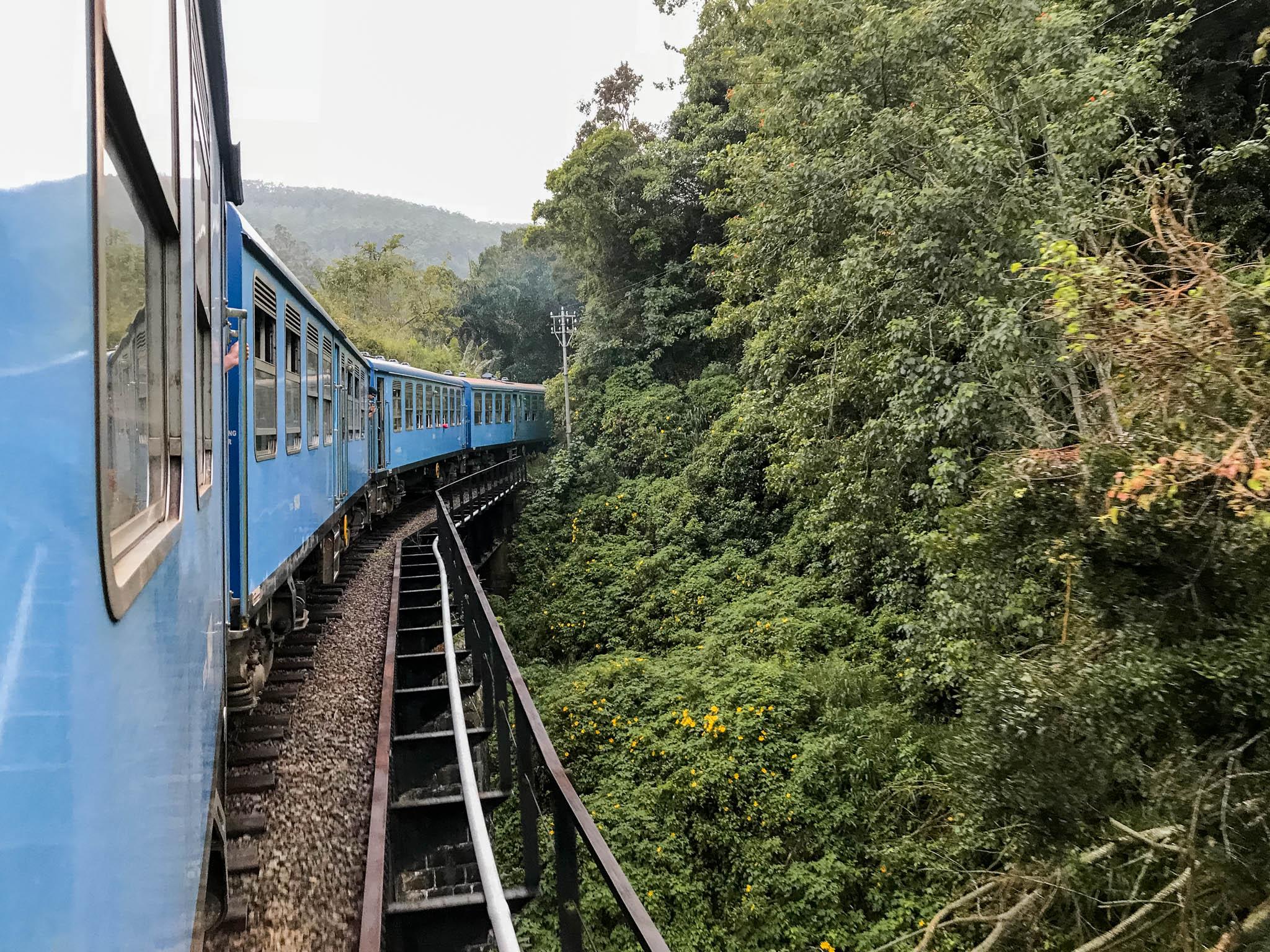 jana meerman ella to kandy train sri lanka-1