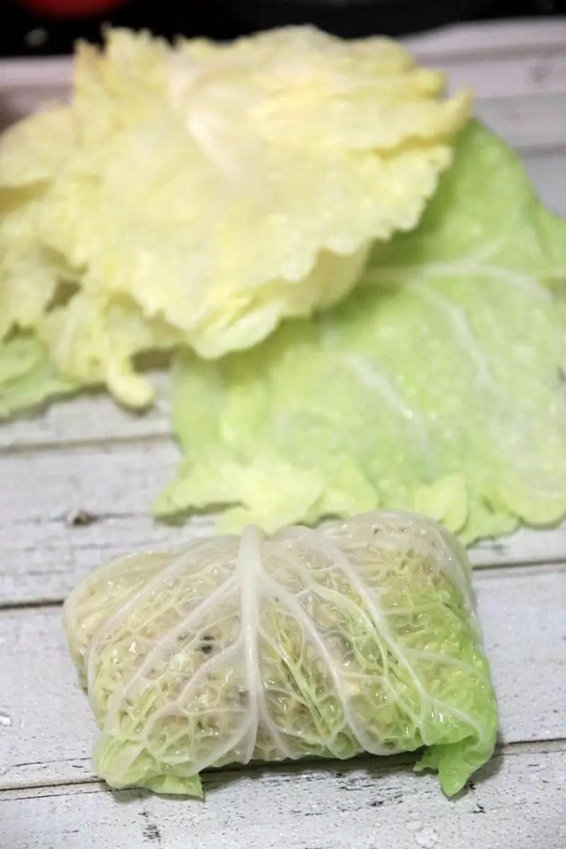 Seasonal Eats Better: Vegan Cabbage Rolls - janavar