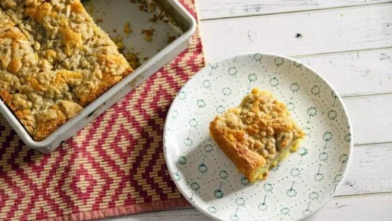 Recipe: Almond Streusel Peach Cake