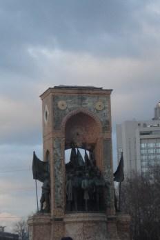 Taksim, spomenik republike - Taksim Republic Monument