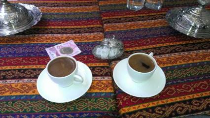 Grand Baazar, odmor uz ratluk i kafu