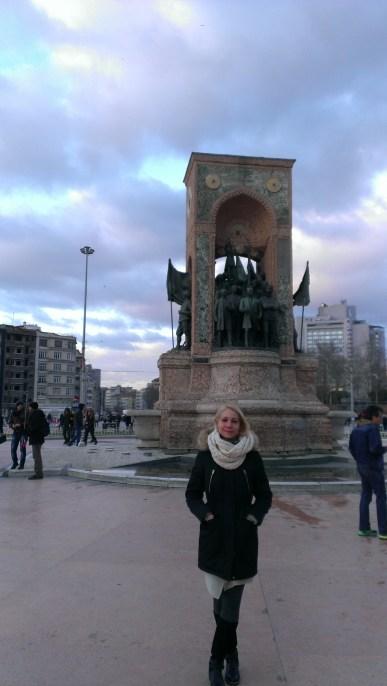 Taksim i spomenik Republike 1923