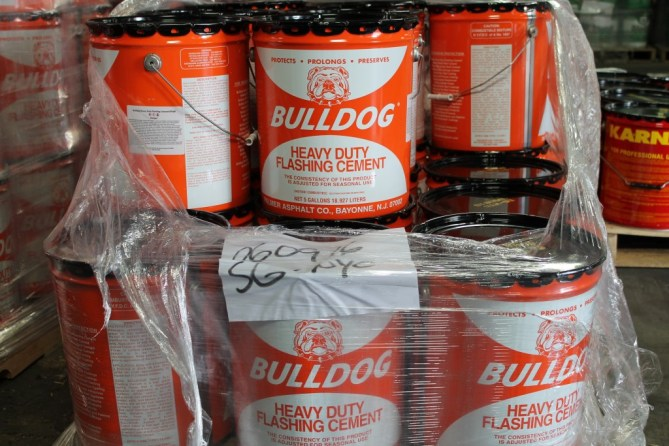 Bulldog #75AF Heavy Duty Flashing Cement
