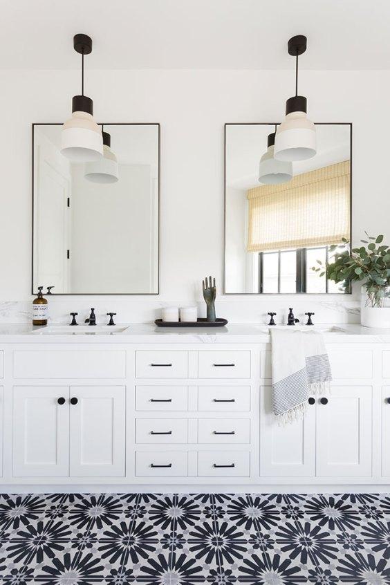 I love the fresh feeling of this beautiful black and white bathroom! - bathroom remodel - bathroom ideas - modern bathroom - master bathroom - white bathroom