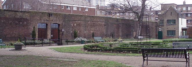 remaining-wall-of-the-marshalsea-prison