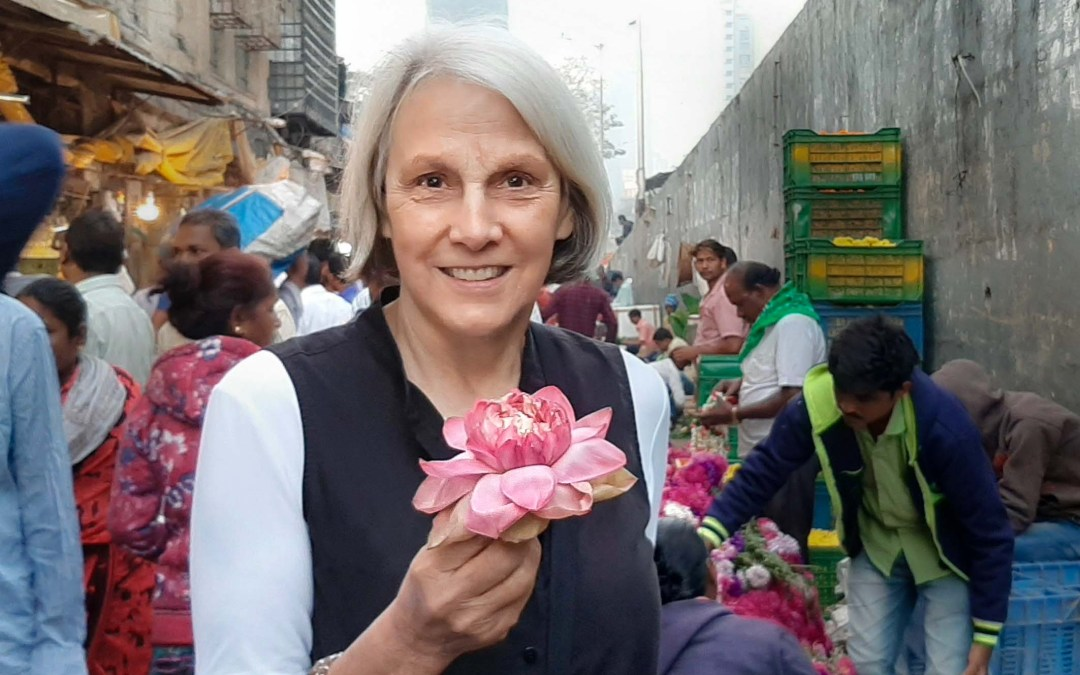 Color and Abundance, Flowers in India