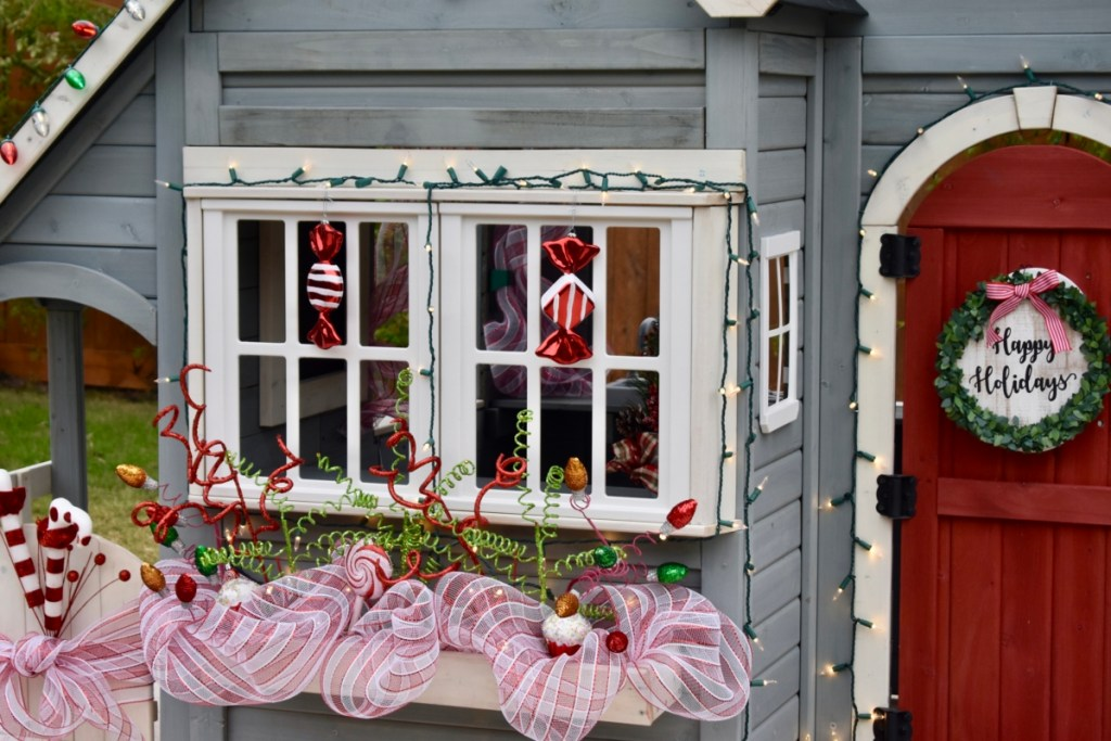 Playhouse christmas flower box