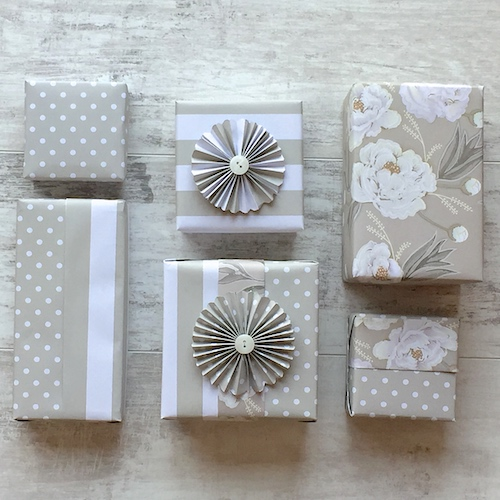 luxury gift wrapping sets