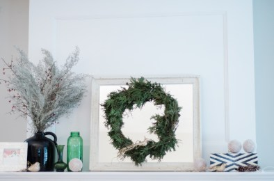 christmas-mantel-17