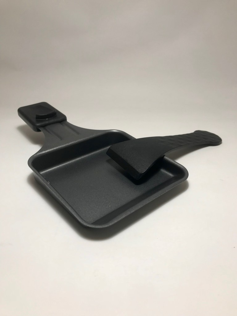Raclette utensils