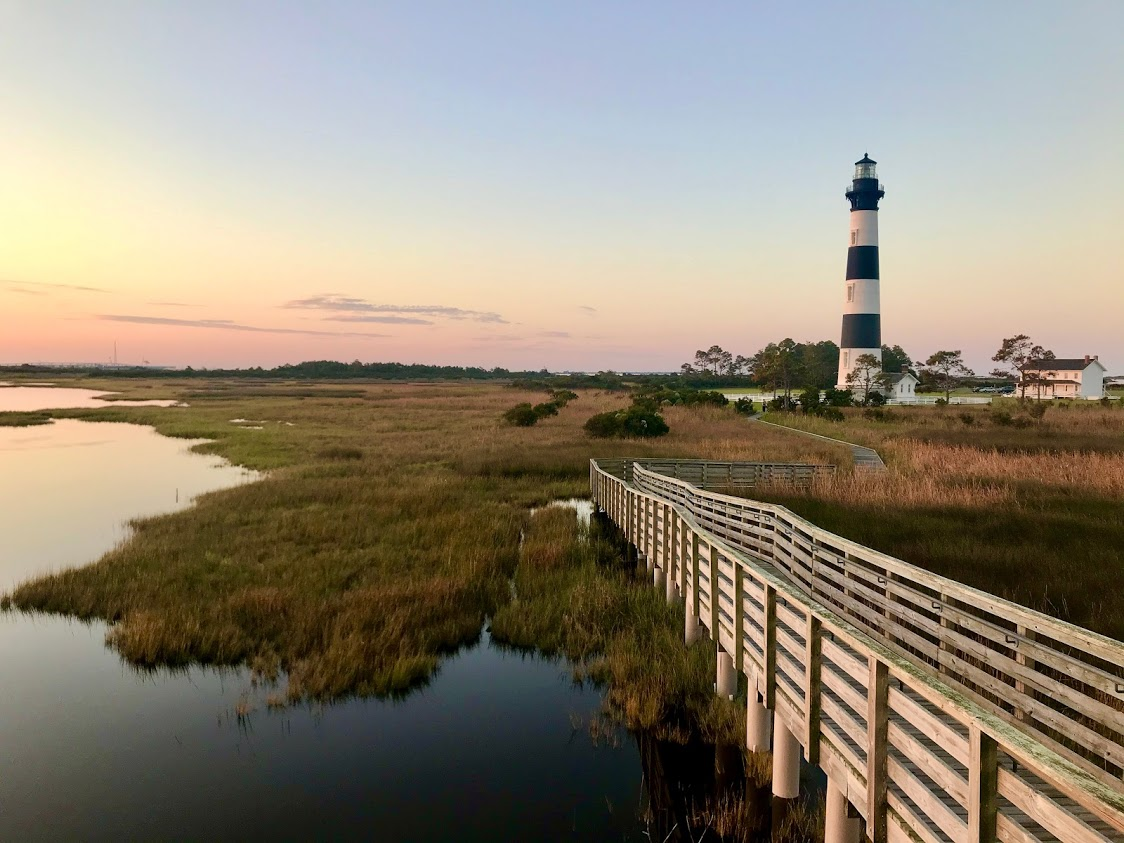 How to plan your vacation to see a Carolina lighthouse at sunrise