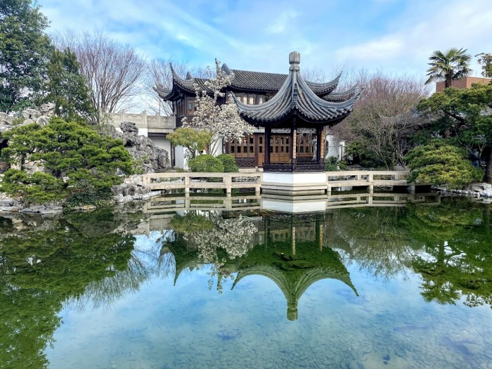 Lan Su Chinese Garden teahouse things to love about Portland, Oregon