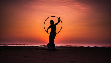 Find New Ways to Stay in Shape - Hula Hoop
