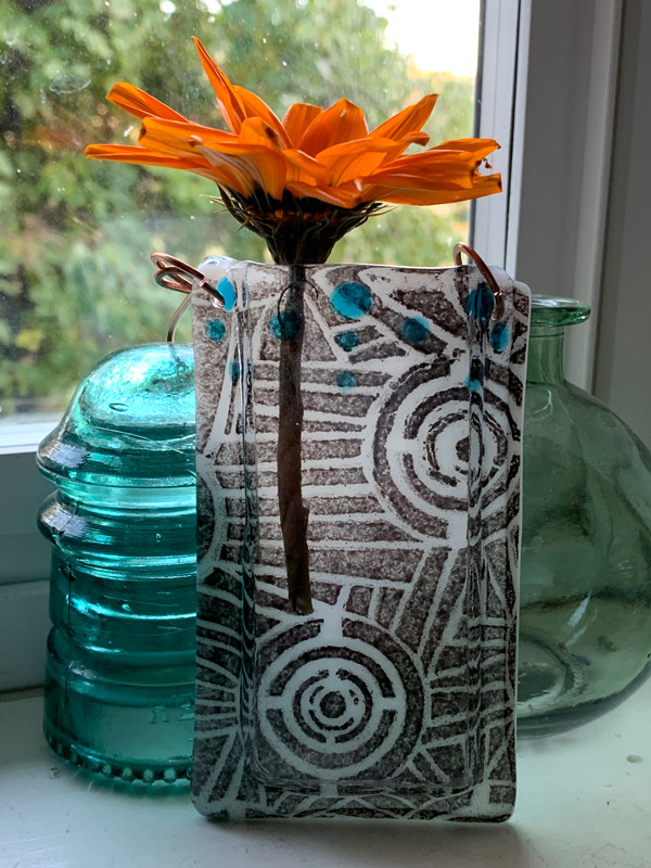 Pocket Vase - Architecture by Janet Crosby