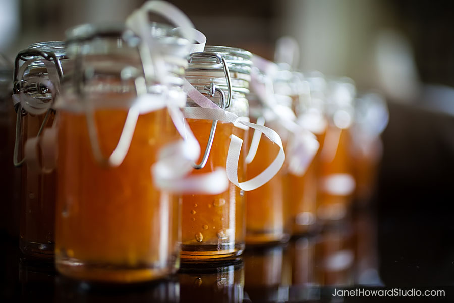 Peach preserve party favors