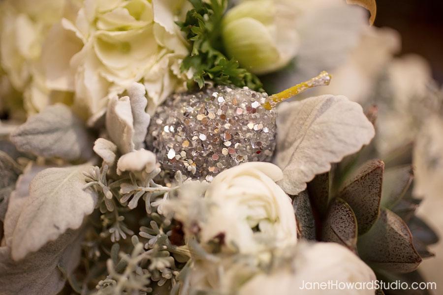 Sparkly bouquet details