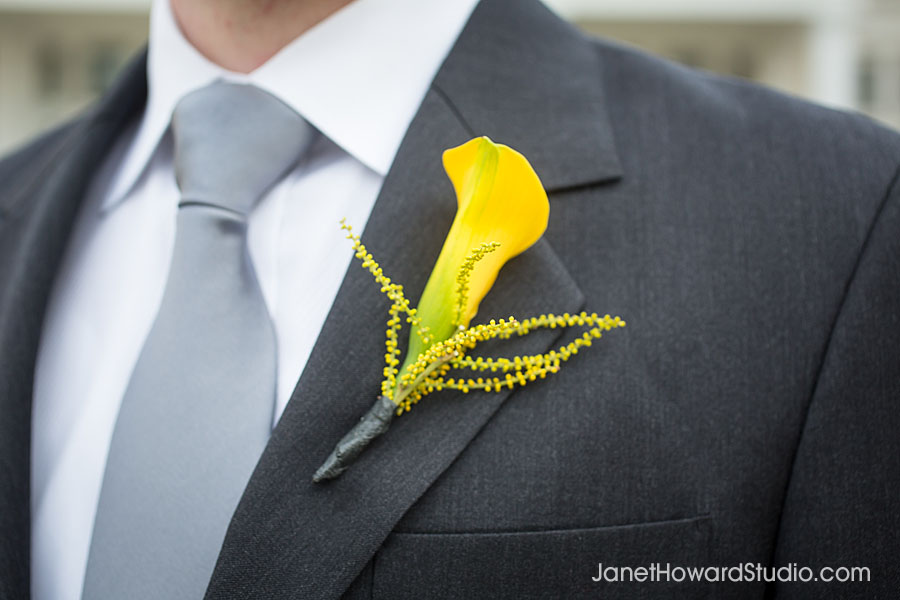 Boutonniere by Bloomin' Bouquets
