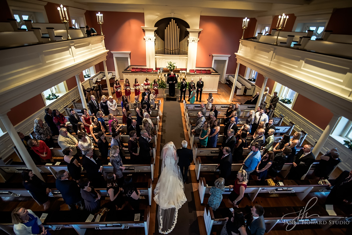 Wedding ceremony at First Presbyterian of Marietta