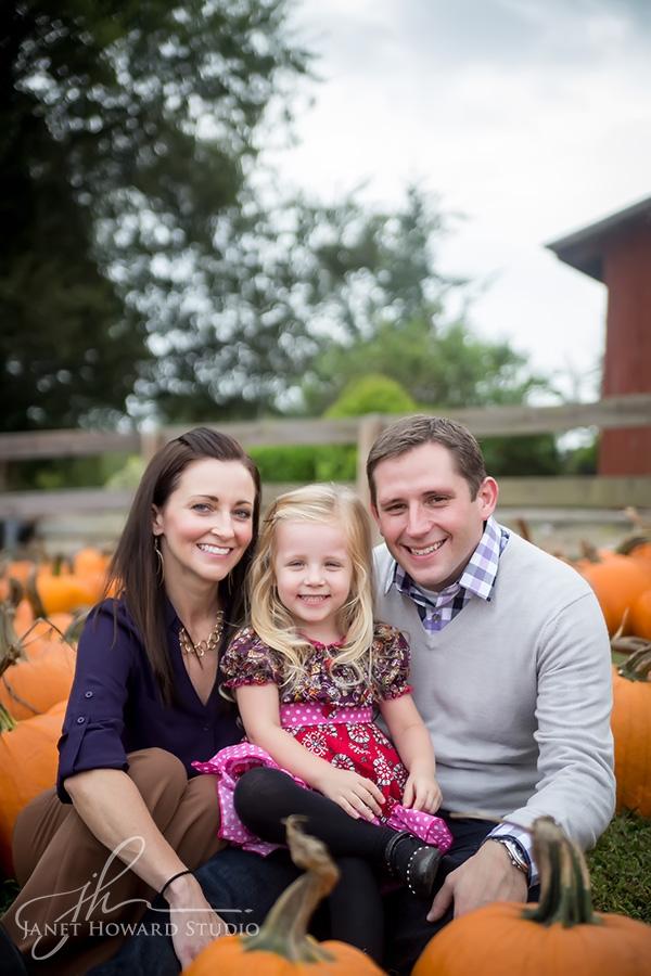 Family Portraits at Cagle's Family Farm