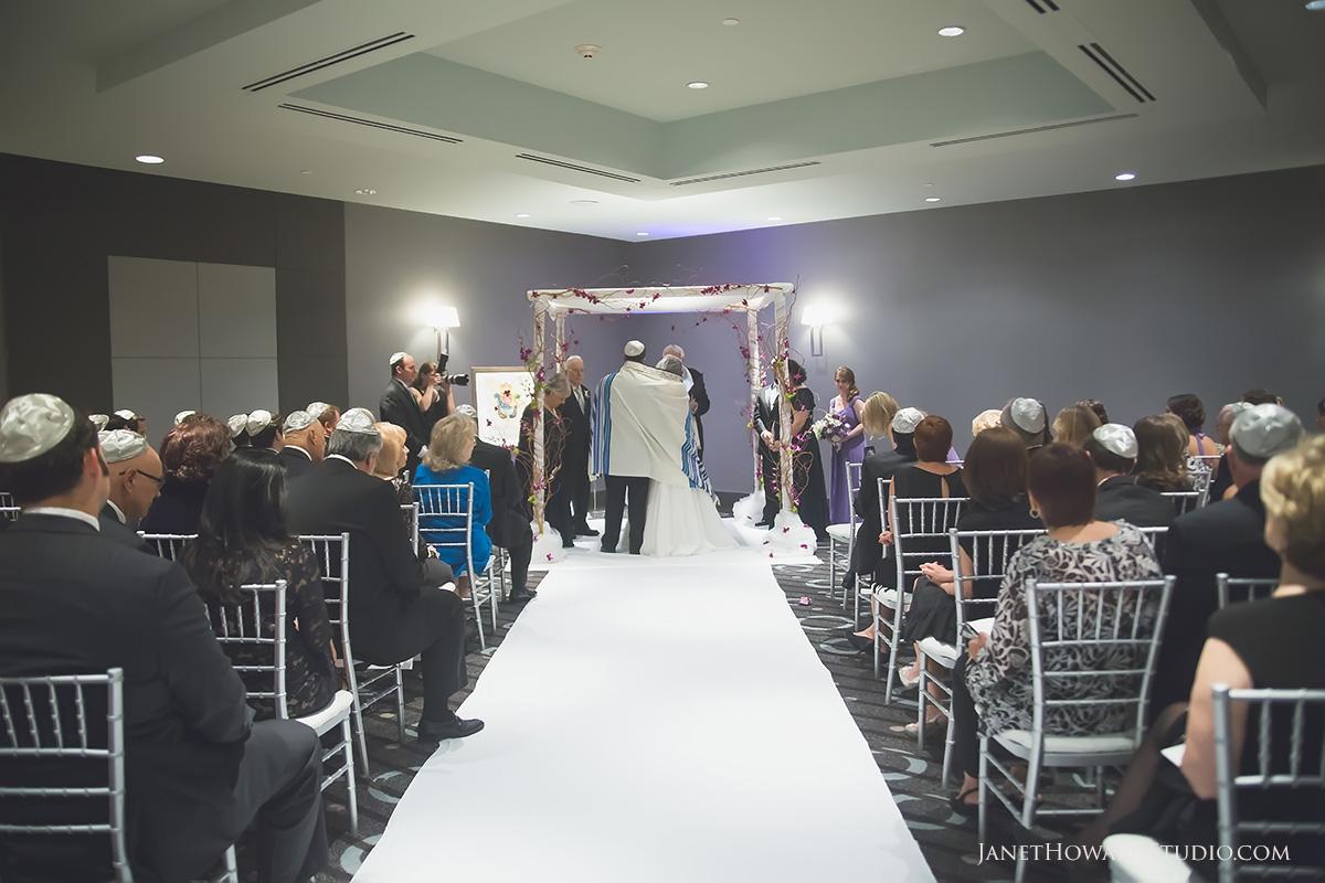 Wedding ceremony at Le Meridien Atlanta