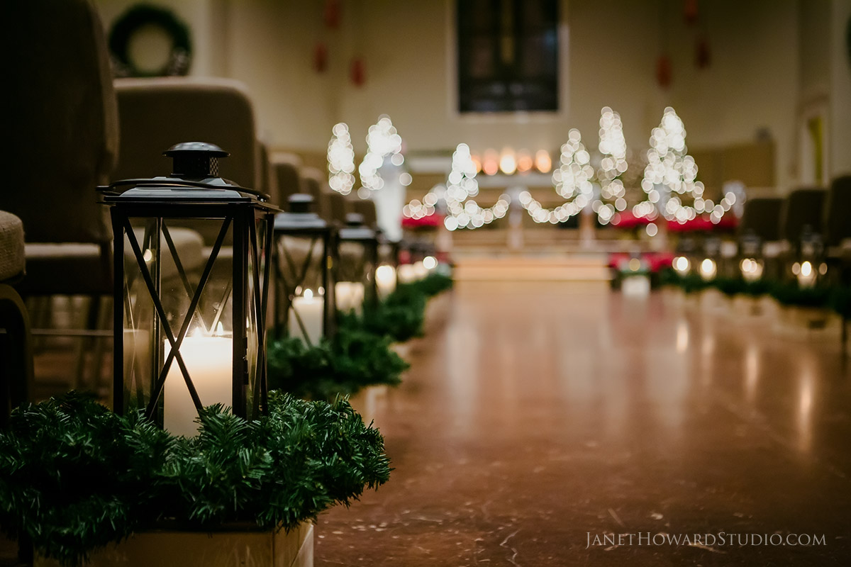 Christmas Wedding Decor