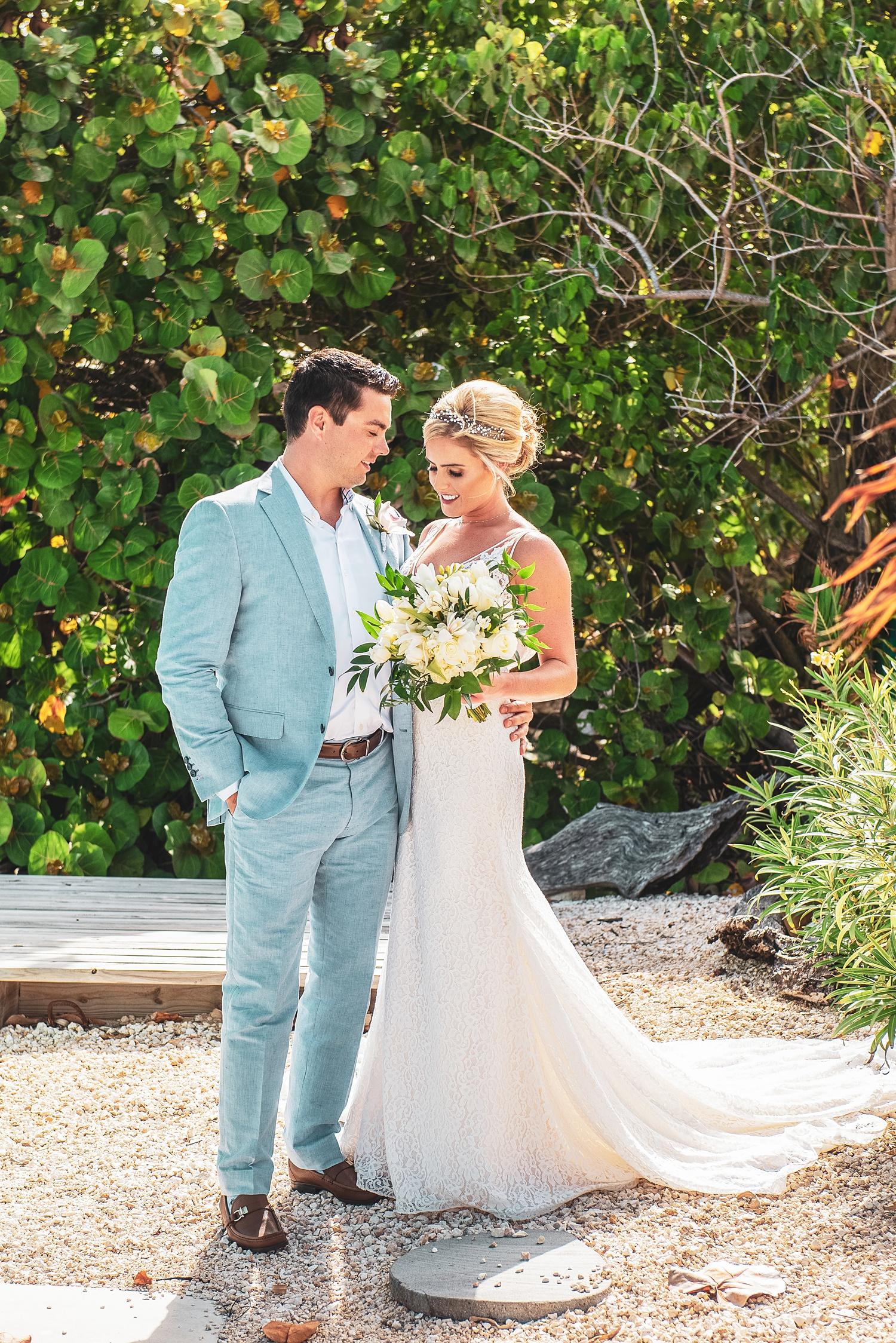 cayman wedding couple