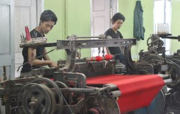 Weaving silk in Mandalay -- old automation.