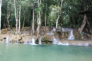 Tat Sae Waterfall