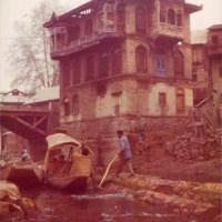 OLD SRINAGAR - FLOATING SHOPS AND ROAST DUCK, KASHMIR, 1976