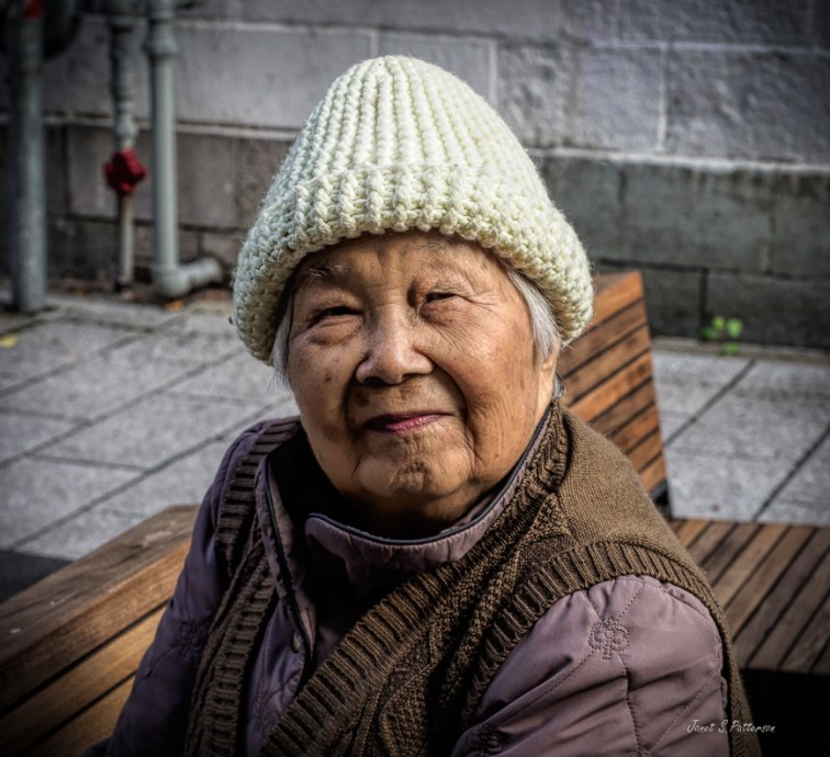 people, Montreal, Chinatown, woman, old lady