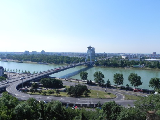 asymmetrical suspension bridge in Bratislava