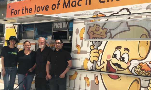 Roni Macaroni's Famous Vegan MacNCheese at VegFestLA, Sunday May 6!