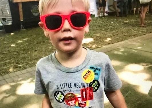 Green Zebra, The Vegan Jetsetters, And Chicken Salt Seasoning – All At VegOut Portland!