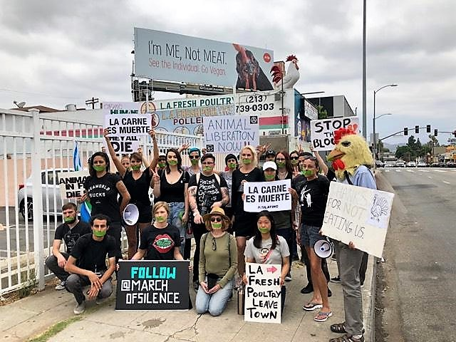 "Slaughterhouse Protest Ensues in LA! ""I'm Me, Not Meat!"""