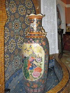 A very nice vase in the hotel.