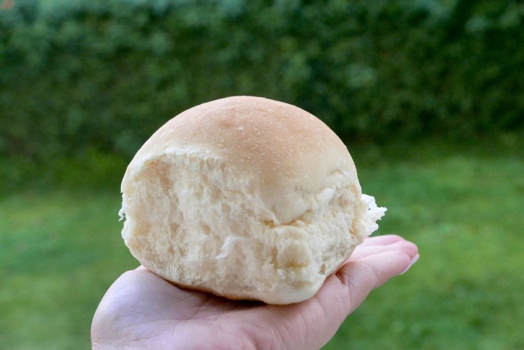 Perfect bread rolls - Jane Yee