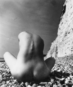 east-sussex-coast-1978-by-bill-brandt-bhc1160