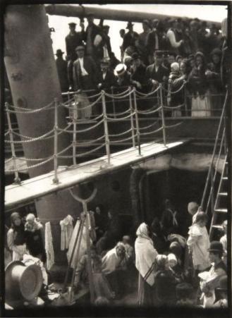 the-steerage-1907-by-alfred-stieglitz-bhc1266