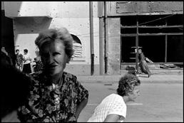 BOSNIA AND HERZEGOVINA. Mostar. 1993. People on the street during sniper fire on Marsala Tita.