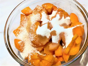 Sliced apricots for crumble with tapioca and flavorings