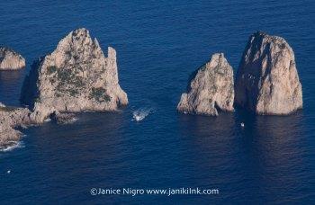 three-rocks-6588-copyright